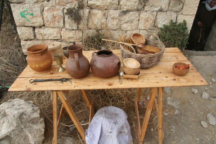 המטבח המדיאבלי שהתקינו המשתתפים